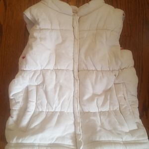 Carters girls courderoy vest size 3t